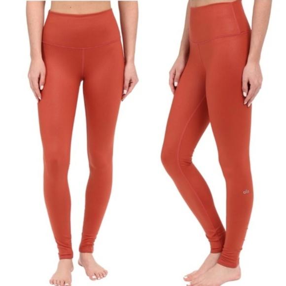ALO Yoga Pants - Alo high waist airbrush legging - sunbaked